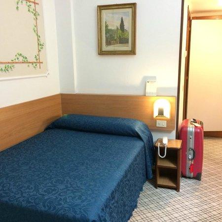 Hotel Delta Florence: シングルベッドルーム