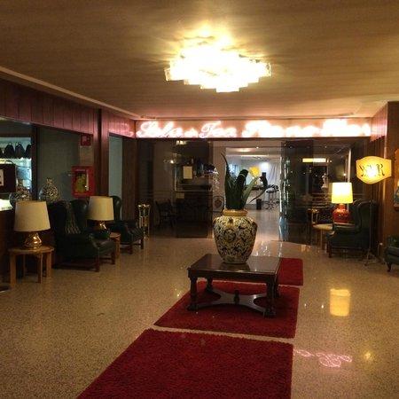 Hotel Delta Florence: ホテルロビー