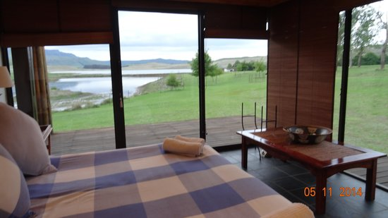 Sani Valley Lodge and Hotel: My bedroom view