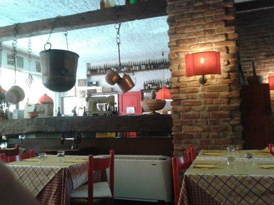 Hosteria della Pignatta : L'interno del locale