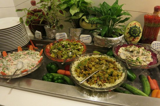Bikanervala Boutique: Great Salads at the buffet