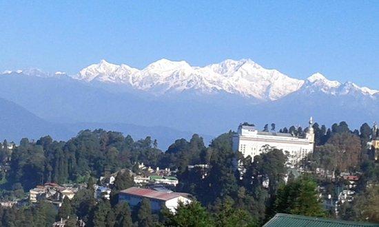 Valentino Hotel: View  from Room Kanchanjangha