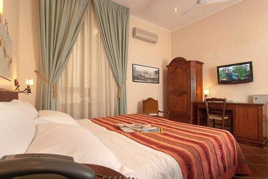 Hotel Toledo: Matrimoniale TV LCD