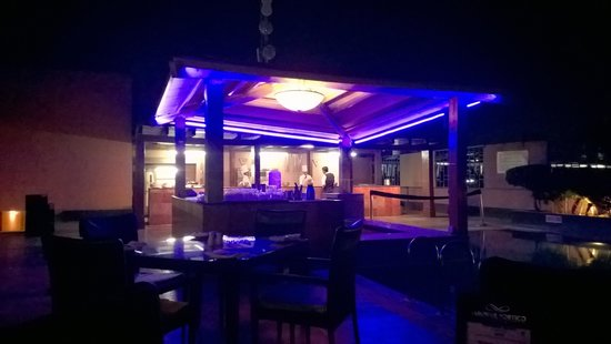 Terrace swimming pool bar picture of sarovar portico for Terrace 6 indore