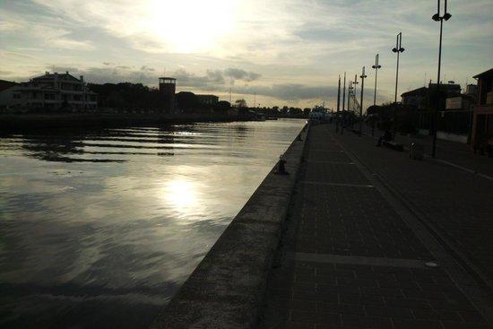 Porto garibaldi comacchio foto van porto garibaldi comacchio tripadvisor - Bagno venere porto garibaldi ...
