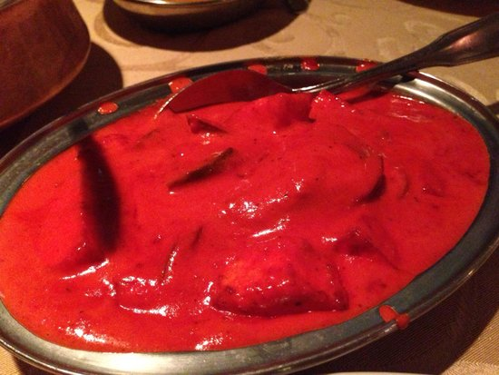 Gateway of India : paneer makhani - 5/5 stars