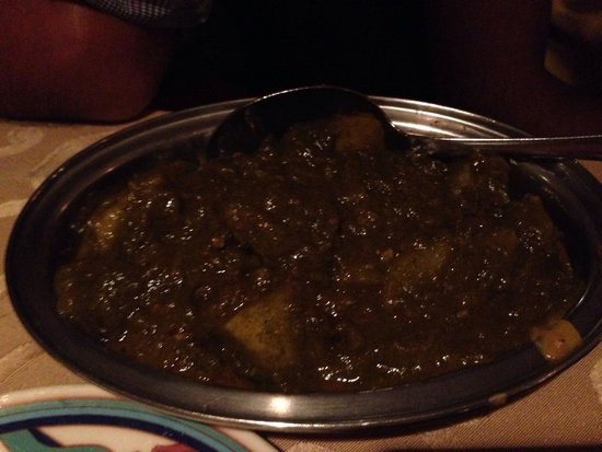 Gateway of India : Aloo saag. 4/5 stars