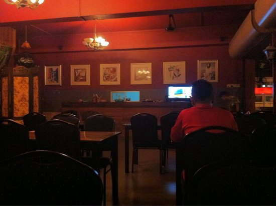 Bintang Cafe and Restaurant: Inside the cafe