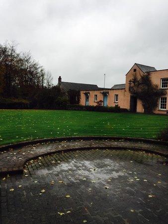 Dunadry Hotel: Nice rainy day in Northern Ireland