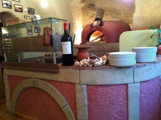 Due Sicilie: De houtgestookte pizzaoven