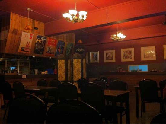 Bintang Cafe and Restaurant: Another view inside the cafe