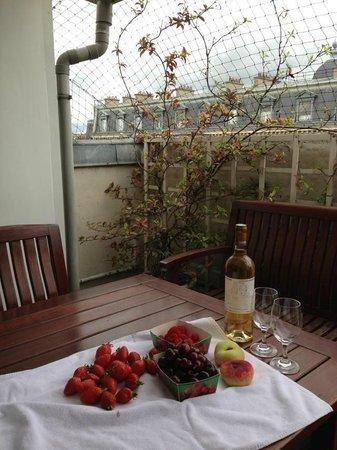 Hotel Cambon : Balcony - Terrace