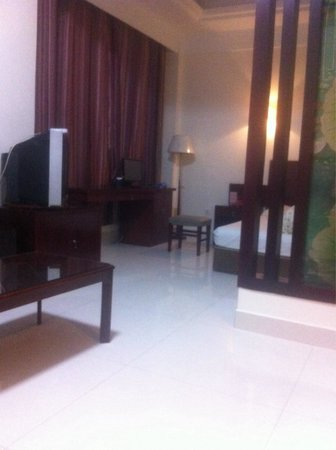 Linqing, China: RMB 180 room