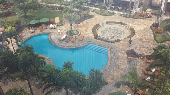 Real InterContinental Costa Rica at Multiplaza Mall : Pool view