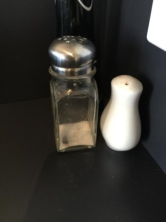 Diamond Island Resort & Penguin Show: Salt and pepper for your cooking, only they are almost empty