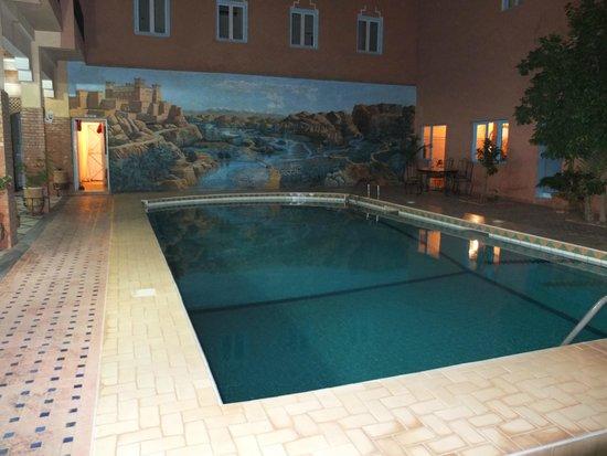 Zaghro Hotel: Piscina interior