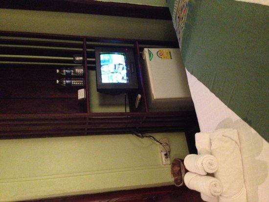วิลล่า ลาวเดิม: Tv minibar