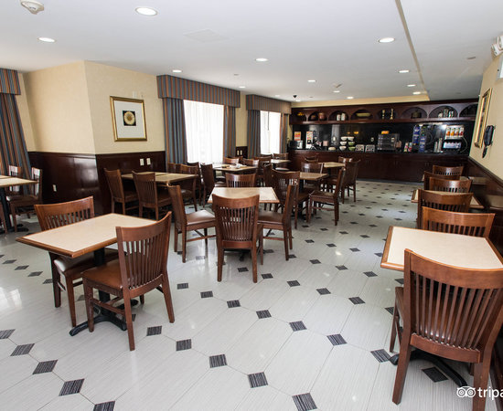 ... Breakfast Room At The Country Inn U0026 Suites NYC In Queens ...