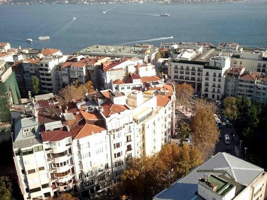 The Marmara Taksim: 20th floor restaurant's view