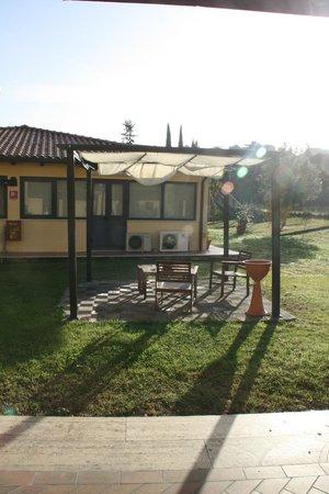 Ostello AIG Mario Spagnoli: giardino