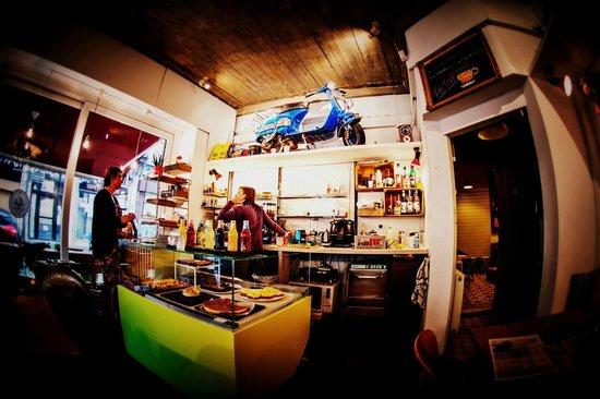 Tartoer Vespa Bar