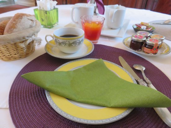 Hotel Le Vendome Villa Claudia: 朝食。