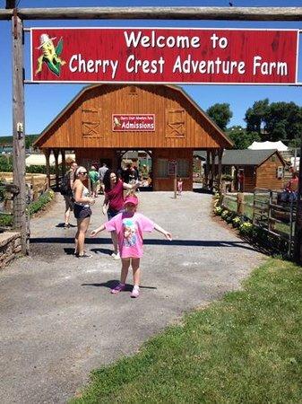 Cherry Crest Adventure Farm: welcome