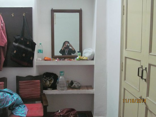 Lakshmi Guest House: Ordinary Room