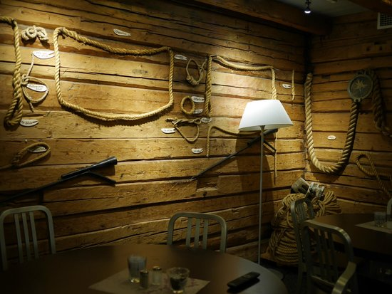 Clarion Collection Hotel Atlantic: themed dining room