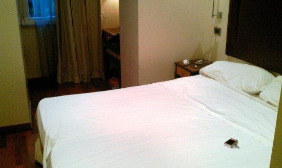 Giolitti Hotel Rome: habitación