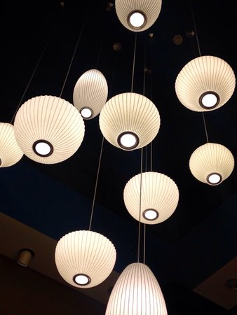 Hilton Garden Inn Wisconsin Dells: Lobby Lights