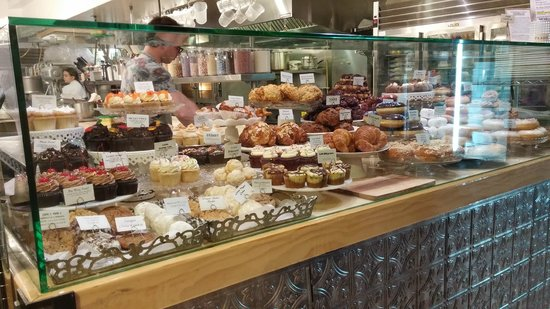 Cake Bakeries In West Palm Beach Florida