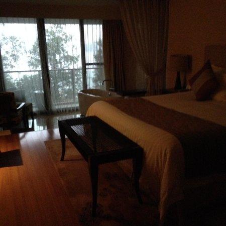 New Century Resort Jiu Long Lake Ningbo: room