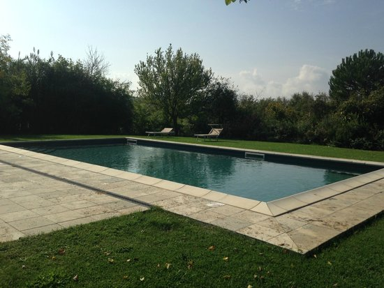 Agriturismo Il Molinello: Pool at the inn..