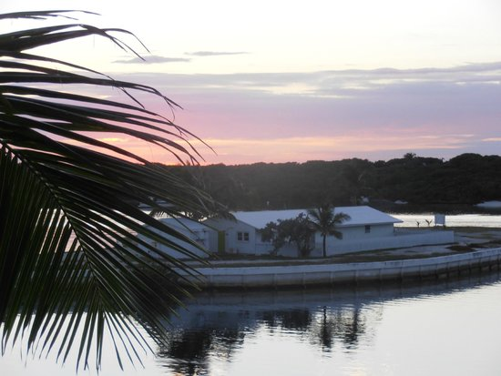 Abaco Inn : View from the back deck of suite to the Bay view side
