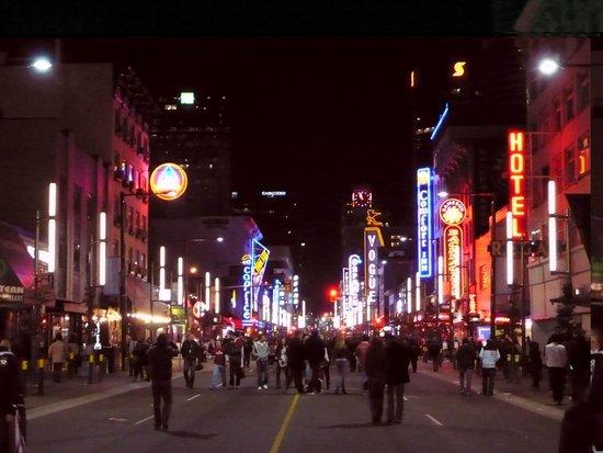 Ramada Vancouver Downtown: Granville