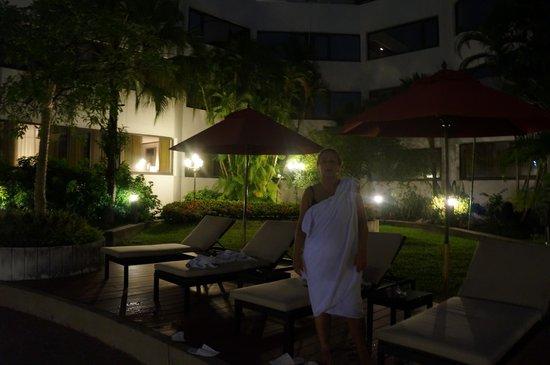 Amari Don Muang Airport Bangkok : Amari Don Muang - na basenie.