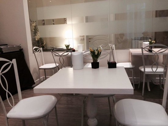 Relais Roma Centro: Cafe