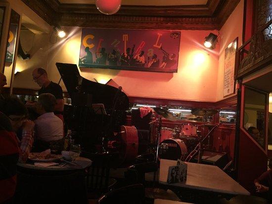 Central Cafe: Antes del concierto de Mastretta
