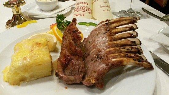 Taormina Unna Restaurant