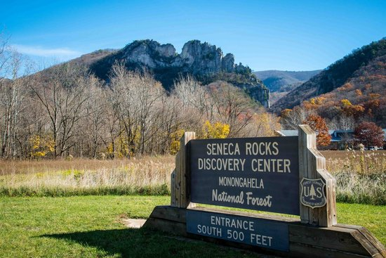Seneca Rocks State Park: Seneca Rocks from visitor center