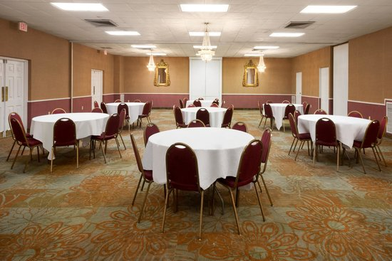 Baymont Inn & Suites Salem Roanoke Area: Commonwealth Banquet Hall