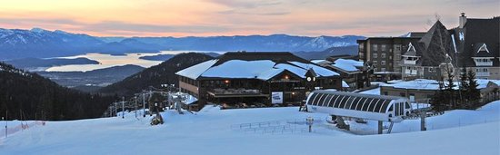 Schweitzer Mountain Resort Lodging: Sunrise