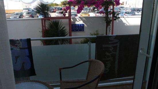 Hotel Costa Conil: con vistas al parking