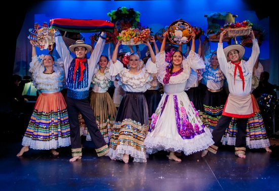 Sunnyside, Estado de Nueva York: Colombia: Musical Review
