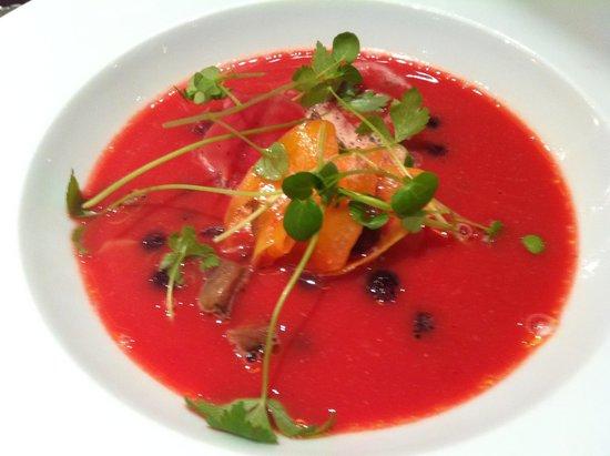 Alabardos Restaurant : Beetroot soup