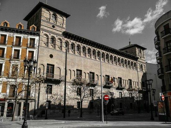 Palacio de los Condes de Morata o de los Luna