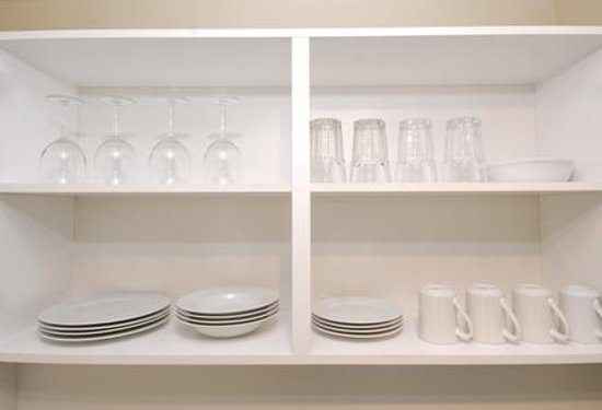 Robson Suites: kitchen cabinet