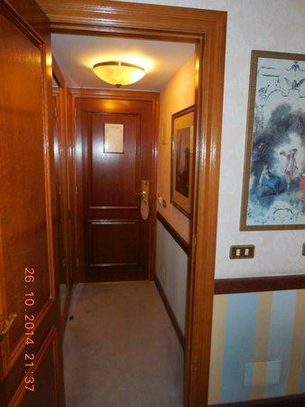 Room Hotel Izan Avenue Louise