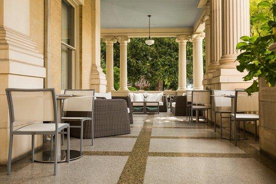 Hotel Ella Veranda Picture Of Goodall S Kitchen Bar Austin Tripadvisor